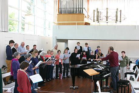Der erweiterte Sängerchor der Brüdergemeine Berlin